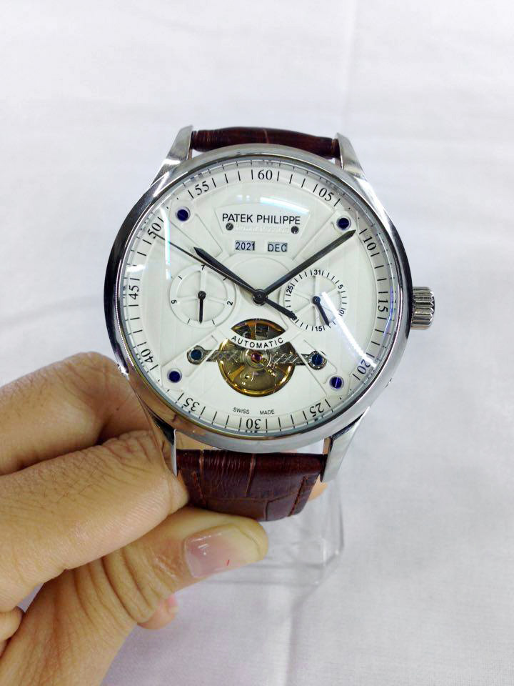 dong-ho-nam-lo-may-day-da-Patek-Philippe-PP7325-3